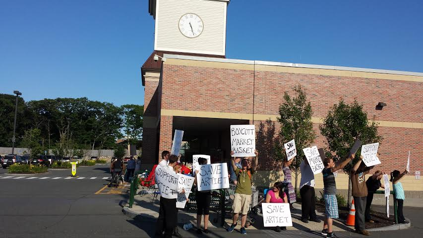 Protesters outside Gloucester Crossing, 7/21