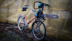 Chainsaw bike. Do they have chainsaw bikes?